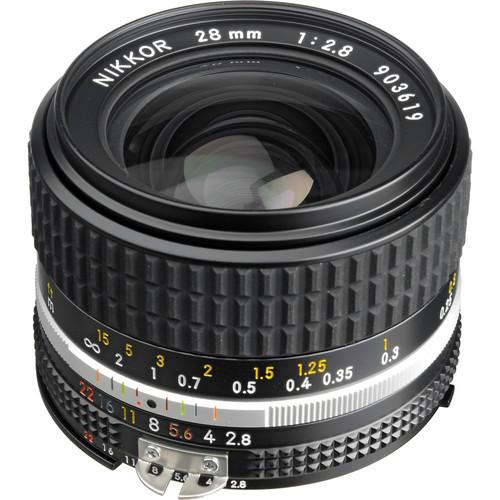Nikon 28mm  2.8 Lens