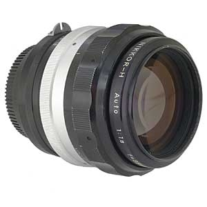 Nikon 85mm 1.8 Lens